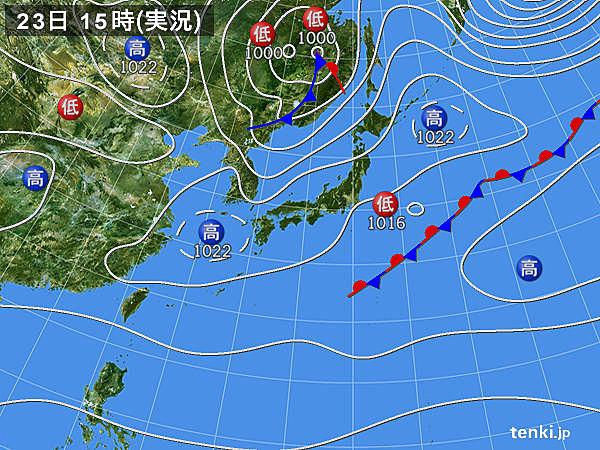 実況天気図(2015年04月23日)