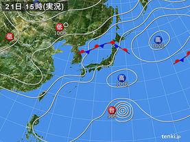 実況天気図(2015年07月21日)