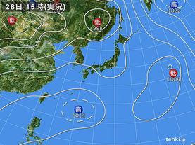 実況天気図(2015年07月28日)