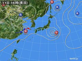 実況天気図(2015年08月11日)