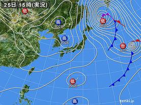 実況天気図(2015年10月25日)