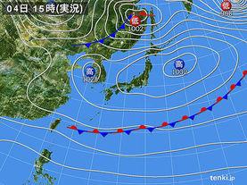 実況天気図(2015年11月04日)