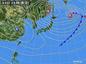 実況天気図(2015年12月04日)