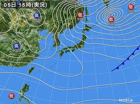 実況天気図(2015年12月05日)
