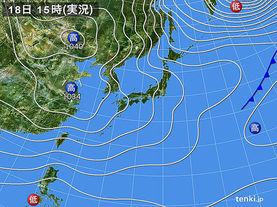 実況天気図(2015年12月18日)