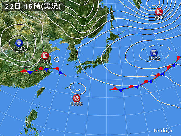 実況天気図(2018年05月22日)