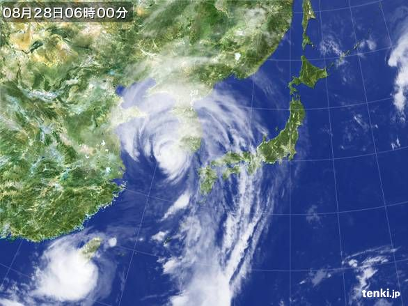 https://storage.tenki.jp/archive/satellite/2012/08/28/06/00/00/japan-near-large.jpg