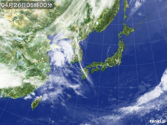https://storage.tenki.jp/archive/satellite/2014/04/26/05/00/00/japan-near-large.jpg