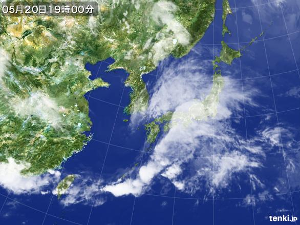 https://storage.tenki.jp/archive/satellite/2014/05/20/19/00/00/japan-near-large.jpg
