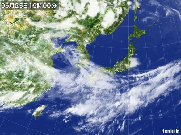 https://storage.tenki.jp/archive/satellite/2014/06/25/19/00/00/japan-near-large.jpg