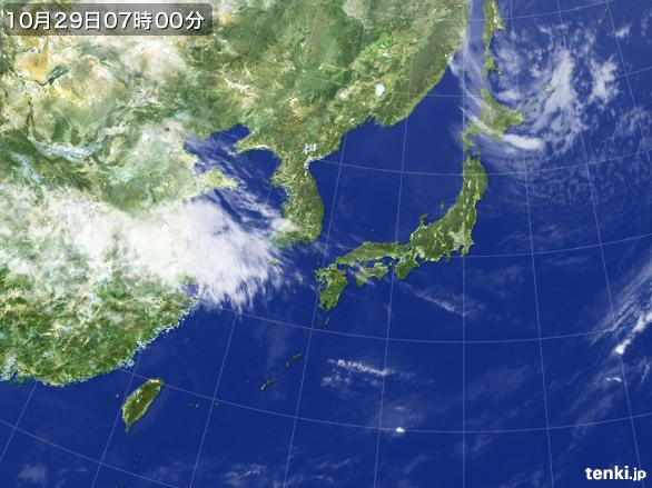 https://storage.tenki.jp/archive/satellite/2014/10/29/07/00/00/japan-near-large.jpg