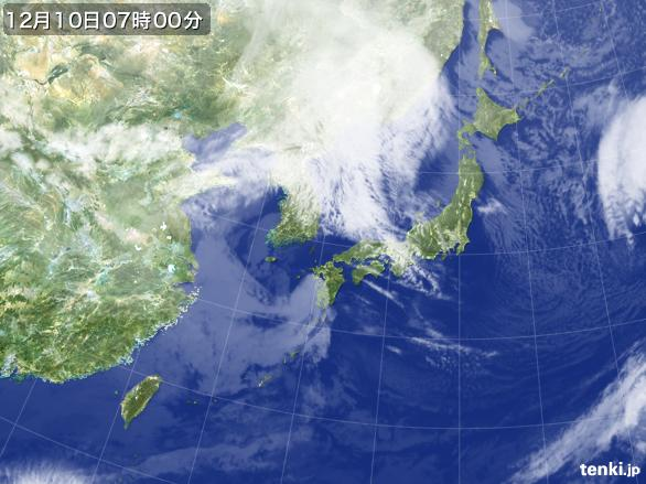 https://storage.tenki.jp/archive/satellite/2014/12/10/07/00/00/japan-near-large.jpg