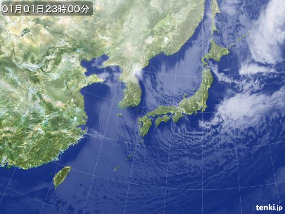 https://storage.tenki.jp/archive/satellite/2015/01/01/23/00/00/japan-near-large.jpg