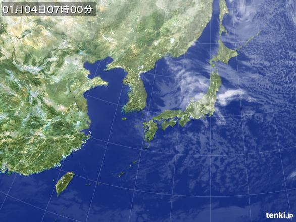 https://storage.tenki.jp/archive/satellite/2015/01/04/07/00/00/japan-near-large.jpg