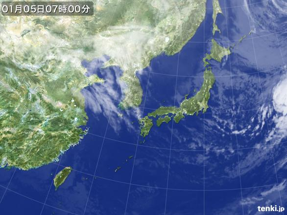 https://storage.tenki.jp/archive/satellite/2015/01/05/07/00/00/japan-near-large.jpg