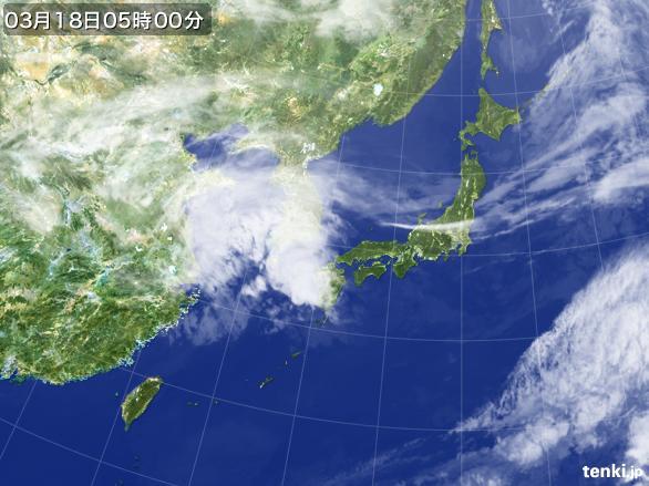 https://storage.tenki.jp/archive/satellite/2015/03/18/05/00/00/japan-near-large.jpg