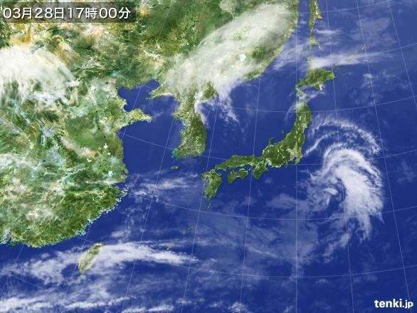 https://storage.tenki.jp/archive/satellite/2015/03/28/17/00/00/japan-near-large.jpg