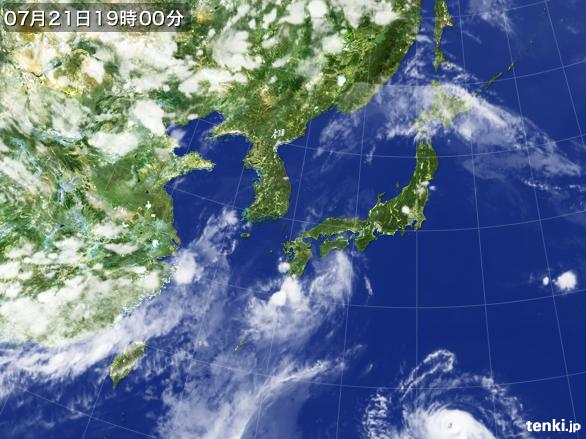 https://storage.tenki.jp/archive/satellite/2015/07/21/19/00/00/japan-near-large.jpg