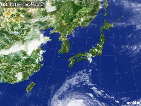 https://storage.tenki.jp/archive/satellite/2015/08/05/19/00/00/japan-near-large.jpg