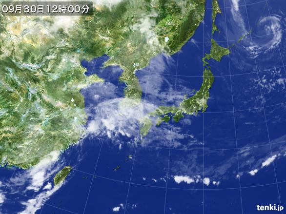 https://storage.tenki.jp/archive/satellite/2015/09/30/12/00/00/japan-near-large.jpg