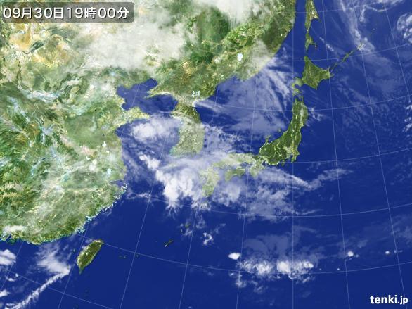 https://storage.tenki.jp/archive/satellite/2015/09/30/19/00/00/japan-near-large.jpg