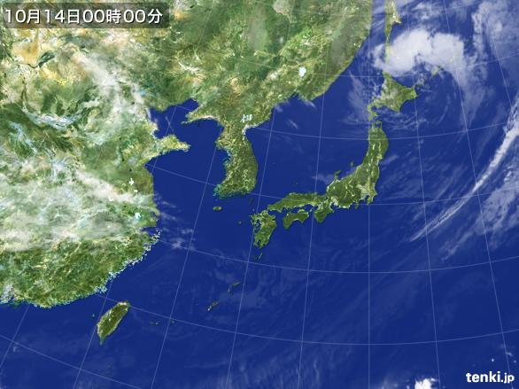 https://storage.tenki.jp/archive/satellite/2015/10/14/00/00/00/japan-near-large.jpg