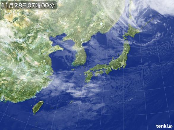 https://storage.tenki.jp/archive/satellite/2015/11/28/07/00/00/japan-near-large.jpg