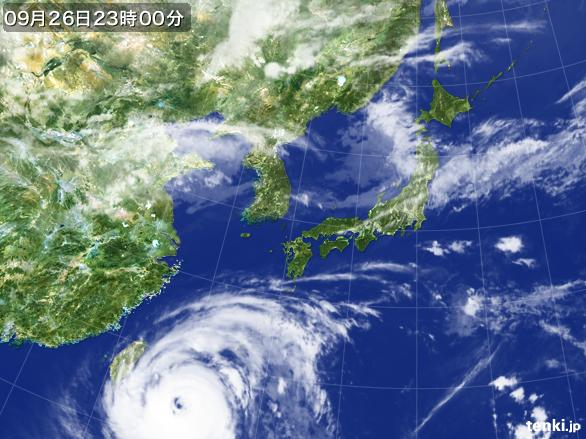 https://storage.tenki.jp/archive/satellite/2016/09/26/23/00/00/japan-near-large.jpg