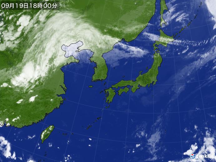 https://storage.tenki.jp/archive/satellite/2021/09/19/18/00/00/japan-near-large.jpg