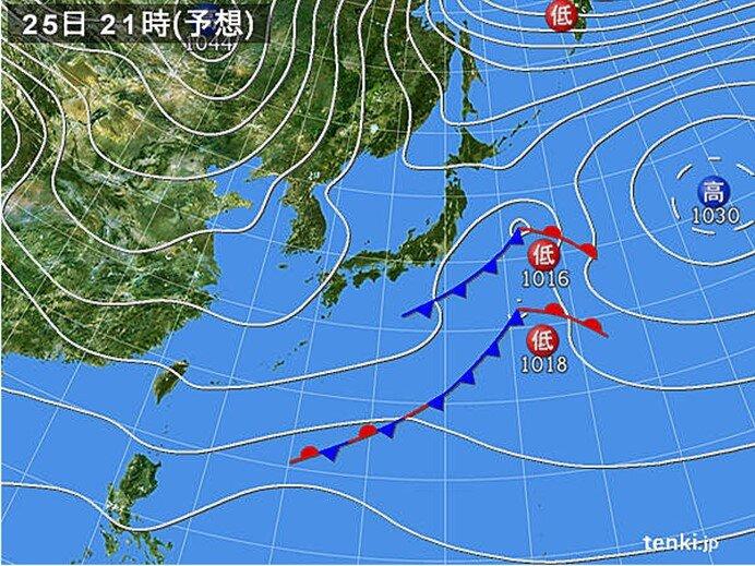 夜 北日本で雨や雪