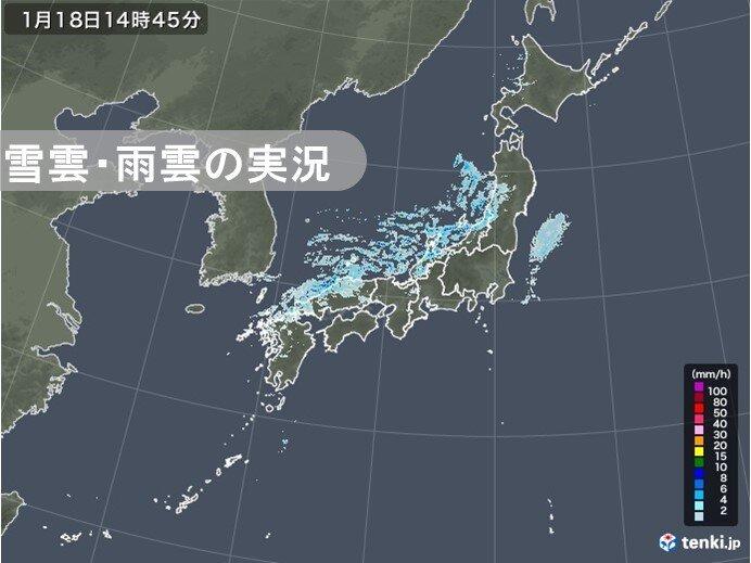 日本海側 雲が発達しやすく落雷も