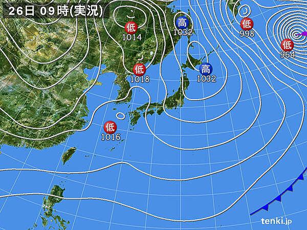 九州や四国・中国地方に雨雲かかる