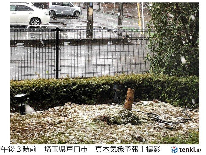 都心などでも雪が降る