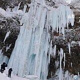 東北 2日は氷瀑に雨 大雨・雪崩・強風・高波に注意 夕方から吹雪も