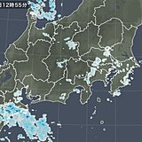 東京に雨雲 予想より早く雨に