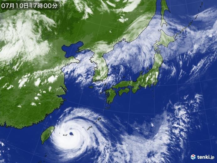 台風8号 先島諸島は大荒れ 厳重警戒続く