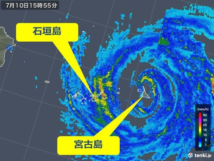 台風8号 宮古島は台風の眼に入ってます