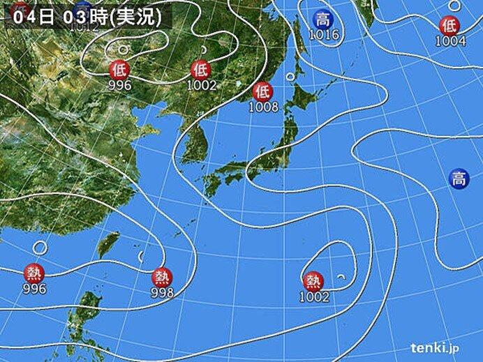 台風9号・10号に発達か