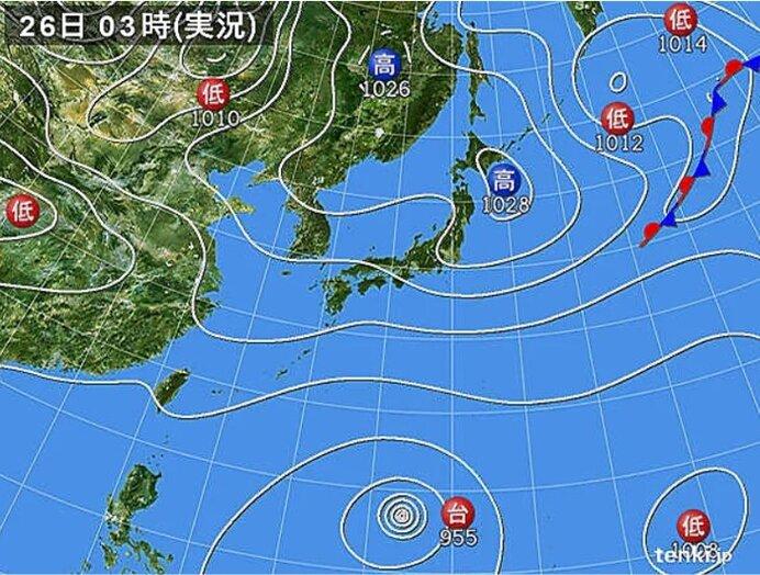 26日 北陸や東海、近畿を中心に雨雲発達 激しい雨も 沖縄には台風からのうねり