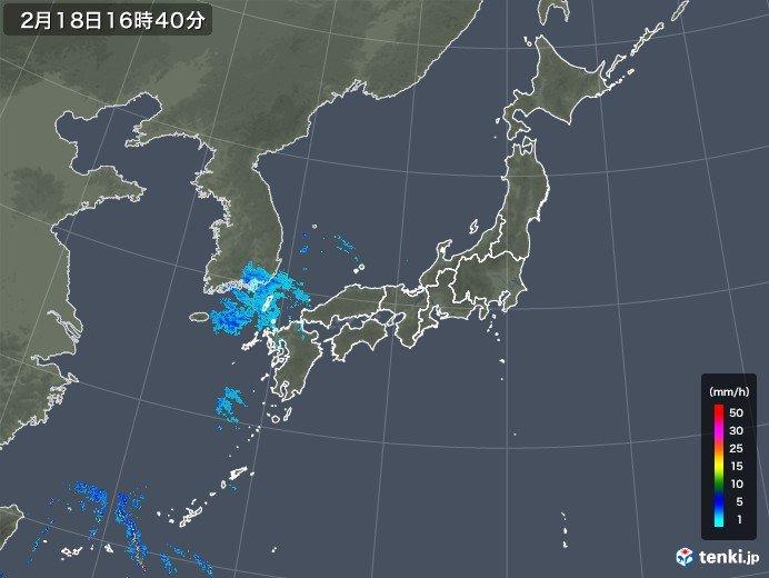 すでに西には発達した雨雲