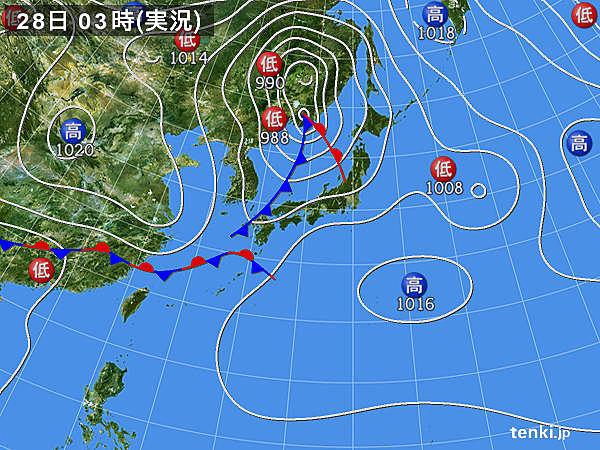28日 雨は次第に東へ 気温急降下でもムシムシ