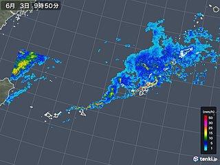 梅雨前線の活動 活発化 沖縄で40ミリ以上の雨