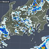関東 今夜は雨注意 梅雨明け間近 あす暑い