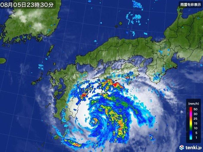 台風8号 九州や四国 活発な雨雲 沿岸部で強風