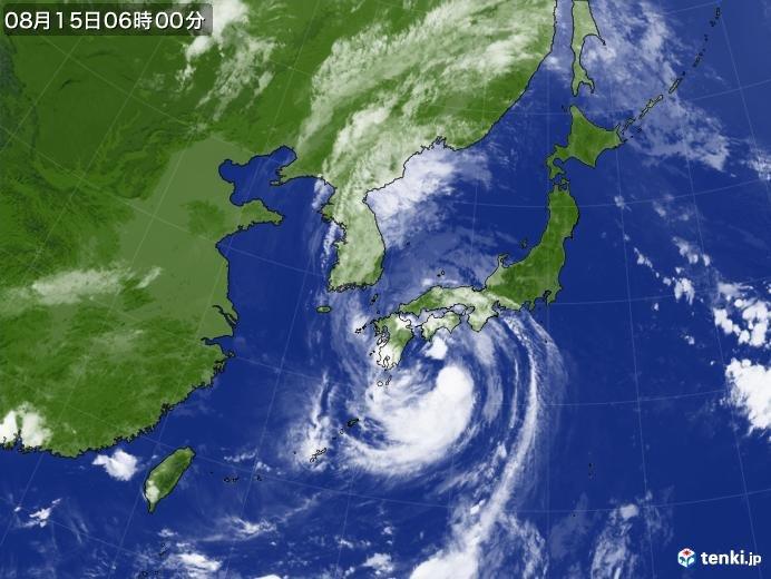 大きく広がる雲 暴風や大雨が広い範囲で長く続く