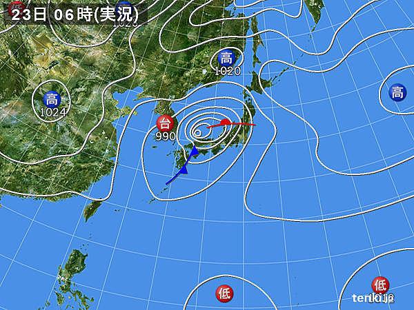 台風17号 温帯低気圧に変わる 引き続き暴風に警戒