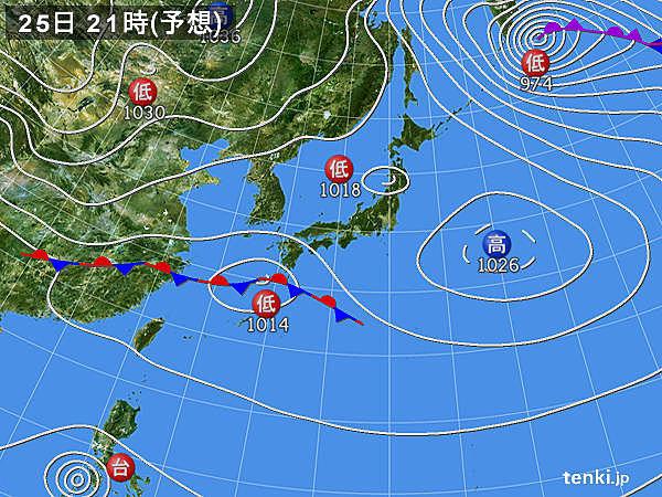 高気圧 夜には日本の東へ