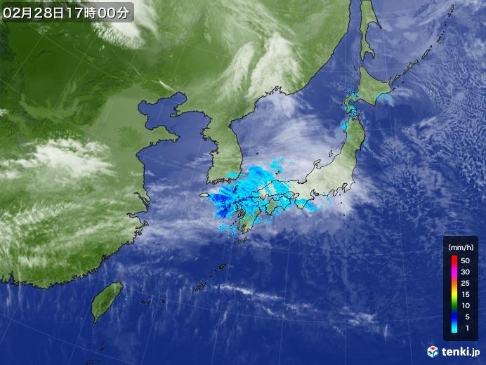 西から次第に雨 今夜は九州で本降りの雨