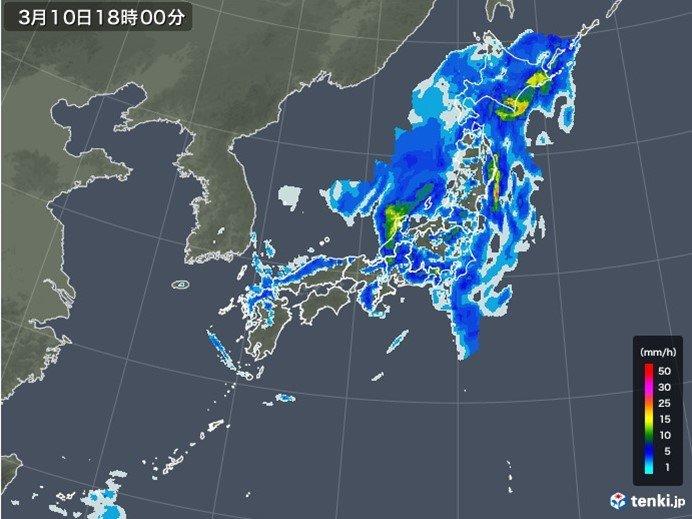午後 太平洋側を中心に活発な雨雲