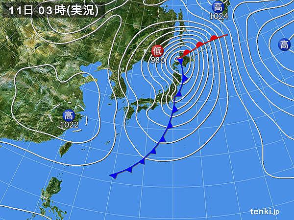 11日 北海道は大荒れ 晴れる関東以西も風が強い